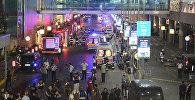Машины скорой помощи Стамбула возле аэропорта имени Ататюрка в Стамбуле