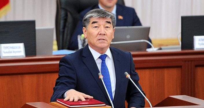Архивное фото назначенного управляющим делами президента и правительства КР Турдуназира Бекбоева