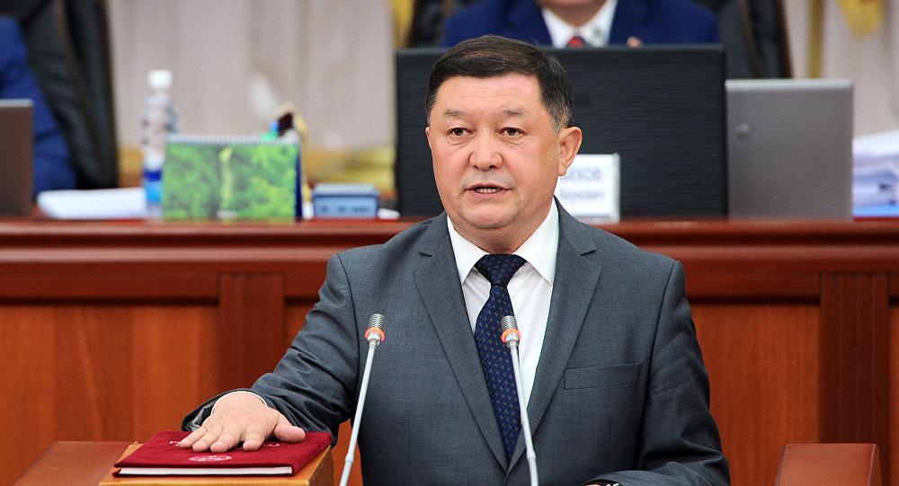 Архивное фото министра транспорта и дорог Замирбека Айдарова