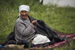 Кыргызская бабушка с шырдаком. Архивное фоо