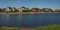 Берег Клязьминского водохранилища в Московской области. Архивное фото