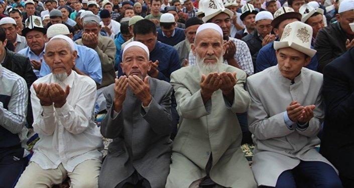 Орозо айт — праздничный день в честь окончания месяца Рамазан.