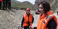 Журналистка Светлана Федотова на рафтинге