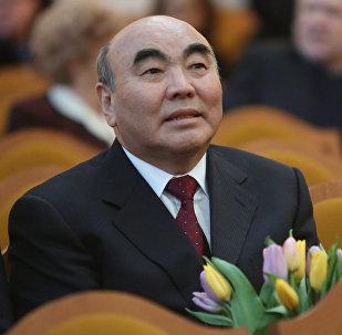 Первый президент Кыргызстана Аскар Акаев. Архивное фото