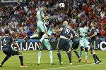 Игрок сборной Португалии Криштиану Роналду в матче 1/2 финала чемпионата Европы по футболу - 2016 между сборными командами Португалии и Уэльса.