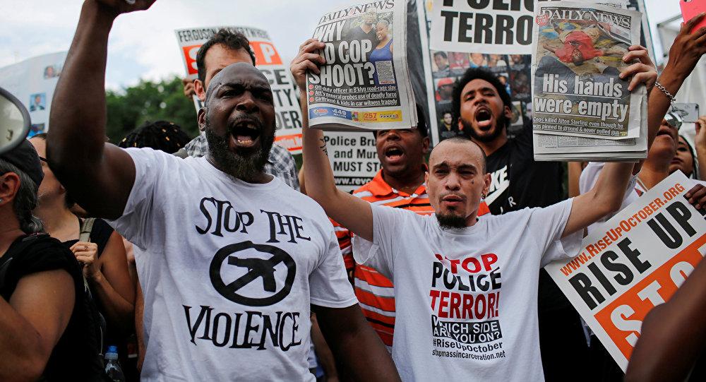 АКШда афроамерикалыктардын өлтүрүлүшүнө каршы толкун кайрадан башталды. Бейшемби күнү америкалык телеканалдар ар кайсы митинг.