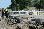 Ход реконструкции автодороги Бишкек — международный аэропорт Манас. Архивное фото