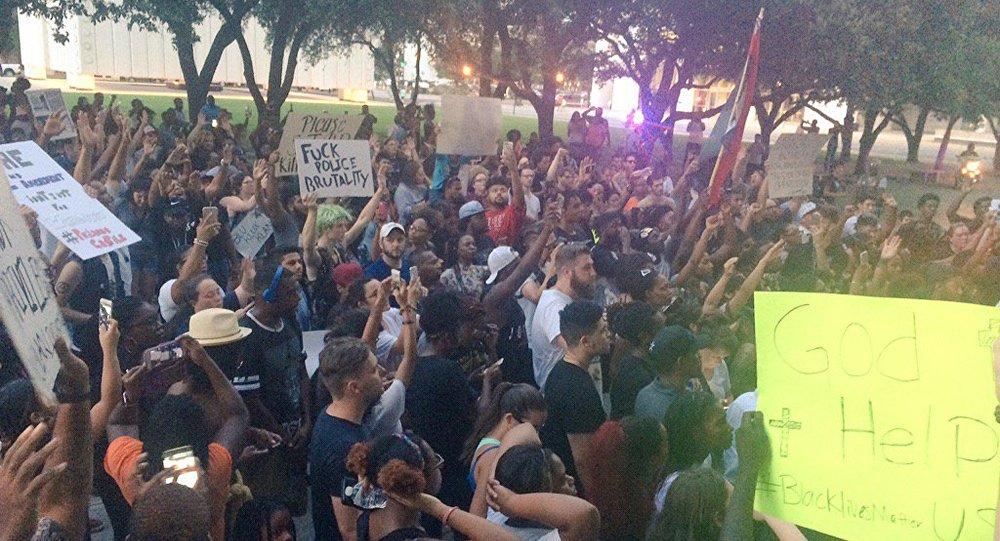 Волна протестов в США, Даллас