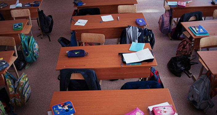 Парты в классе. Архивное фото