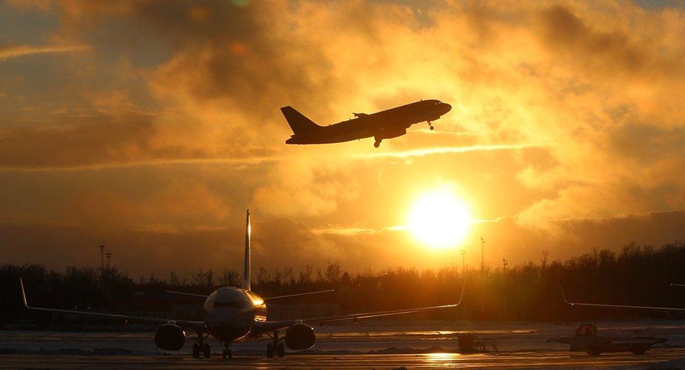 Что происходило спассажирами, пока самолет совершал аварийную посадку— Полчаса ада