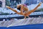 Казанда өткөн көркөм гимнастика боюнча дүйнөлүк кубокто россиялык Маргарита Мамундун көрсөткөн чыгармасы. Спорттук таймашка 26 мамлекеттен 100дөн ашык катышуучу келген