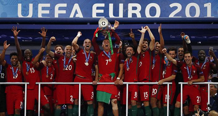 Португалия үчүн бул Европа аймагындагы биринчи алтын болду, алар буга чейин континеттик таймашта 1984-жылы жана 2004-жылы ойноп, эки ирет тең жеңилүү ызасын тарткан.