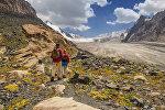 Путешественники в горах Кыргызстана. Архивное фото