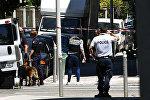 Сотрудники полиции на месте теракта в Ницце