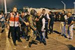 Конфликт Турецкого военного с полицейским на площади Таксим в Стамбуле