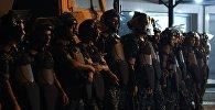 Полицейские в Ереване. Архивное фото