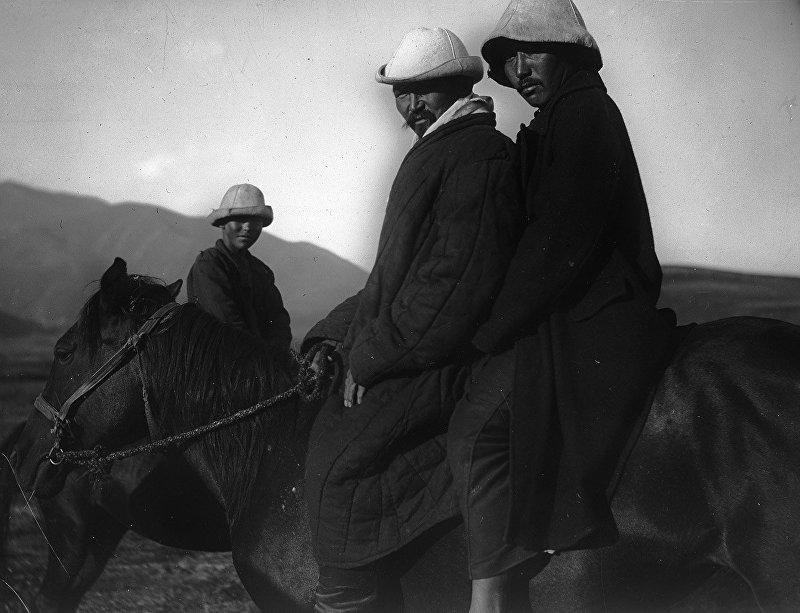Жители села Асылбаш (Сокулукского района - участники восстания), 1930 год