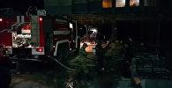 МЧС, скорая и кислородная подушка — тушение пожара в Историческом музее