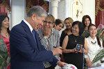 Президенттин мактоосуна арзыган кыргызстандык футболчу кыздардын сүйүнүчү