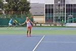 Теннисистка Ксения Палкина во время подготовки к международному турниру ITF Women's Кубок президента — 2016 в Астане