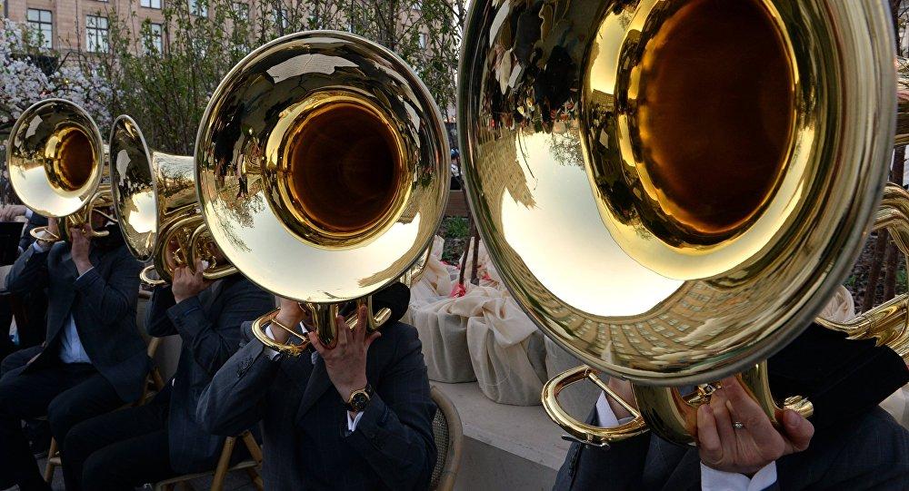 Музыканты на улице. Архивное фото