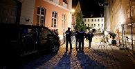 Сотрудники полиции на месте взрыва в городе Ансбах в федеральной земле Бавария в Германии
