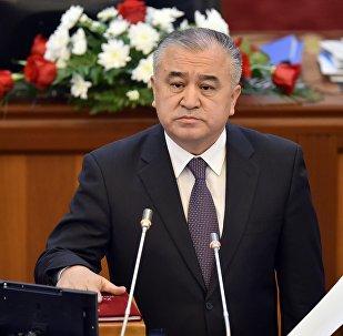 Депутат ЖК 6-го созыва Омурбек Текебаев, лидер фракции Ата Мекен. Архивное фото