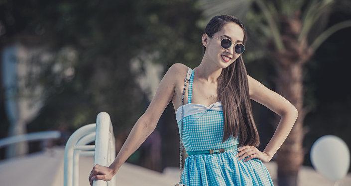 Кыргызская модель и актриса Мээрим Атантаева. Архивное фото