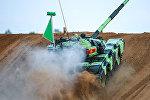 Алабино аскер полигонунда Ар Ми-2016 армиялык оюндарынын танкалык биатлондун катышуучулары даярданууда