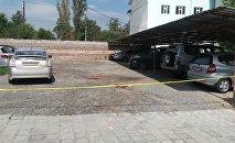 Стоянка где произошел взрыв в машине работника прокуратуры в селе Орто-Сай