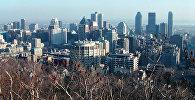 Вид с горы Мон Руаль на город Монреаль в Канаде. Архивное фото