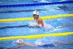 Архивное фото плоавца Дениса Петрашова во время соревнований