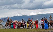 Улуттук фестиваль. Архивдик сүрөт