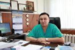 Бишкектин Травматология жана ортопедия илимий-изилдөө борборунун баш дарыгери Алмаз Кубатбеков.