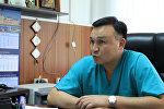 Бишкектеги травматология жана ортопедия улуттук институтунун башкы дарыгери Алмаз Кубатбеков. Архив
