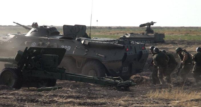 Зенитные установки, танки и вертолеты под Чистым небом
