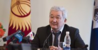 Бывший мэр Бишкека Кубанычбек Кулматов на пресс-конференции.