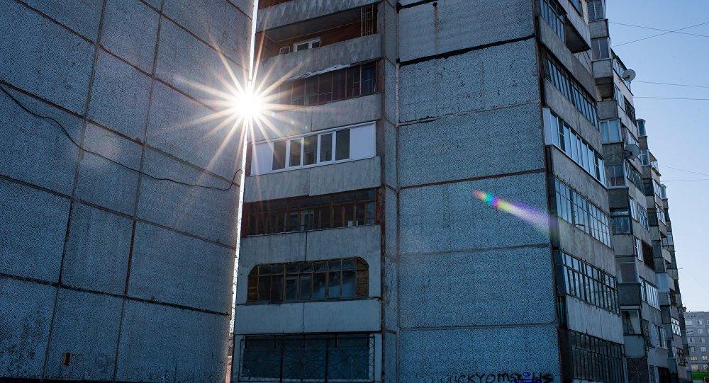 Жительница Приморья прописала всвоей квартире почти 900 иностранцев