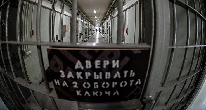 Двери СИЗО. Архивное фото
