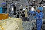 Сүт азык чыгарган завод. Архивдик сүрөт