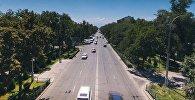 Автомобильное движение на проспекте Чынгыза Айтматова в Бишкеке. Архивное фото