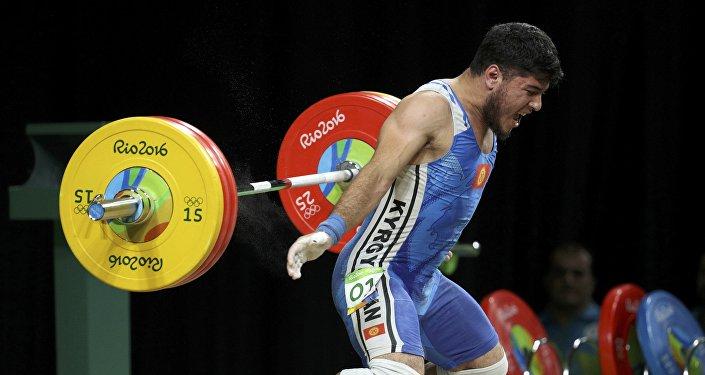 Оор атлетика боюнча кыргызстандык спортчу Иззат Артыков Рио-де-Жанейро шаарындагы жайкы олимпиада оюндарында