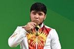 Кыргызстандык оор атлетчи Иззат Артыков. Архив
