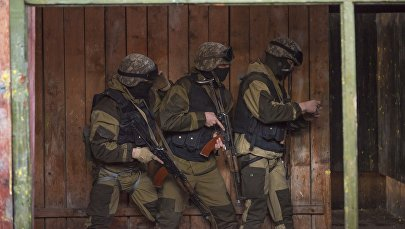 Сотрудники МВД на учениях. Архивное фото