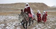 Памирские женщины на перевале