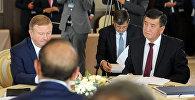 Премьер-министр КР Сооронбай Жээнбеков на встрече глав правительств стран Евразийского экономического союза в узком составе
