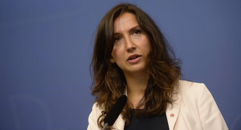 Шведская министр-мусульманка уволилась после пьянки зарулем