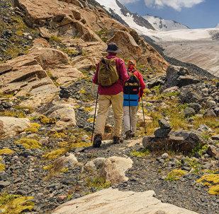 Туристы в национальном парке Ала-Арча. Архивное фото