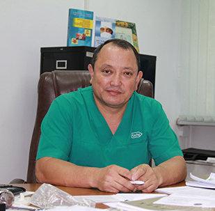 Дүйнөлүк деңгээлдеги кыргыз ортопеди, медицина илимдеринин доктору, акедемик, профессор Сабырбек Жумбаков