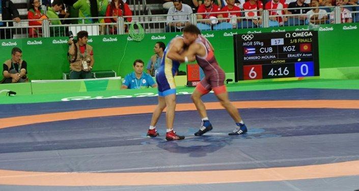 Анын атаандашы 2015-жылдын дүйнө чемпиону, кубалык Исмаэл Борреро Молина болду